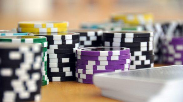 chips 585x325 - Understanding Deposit Bonuses at Online Casino